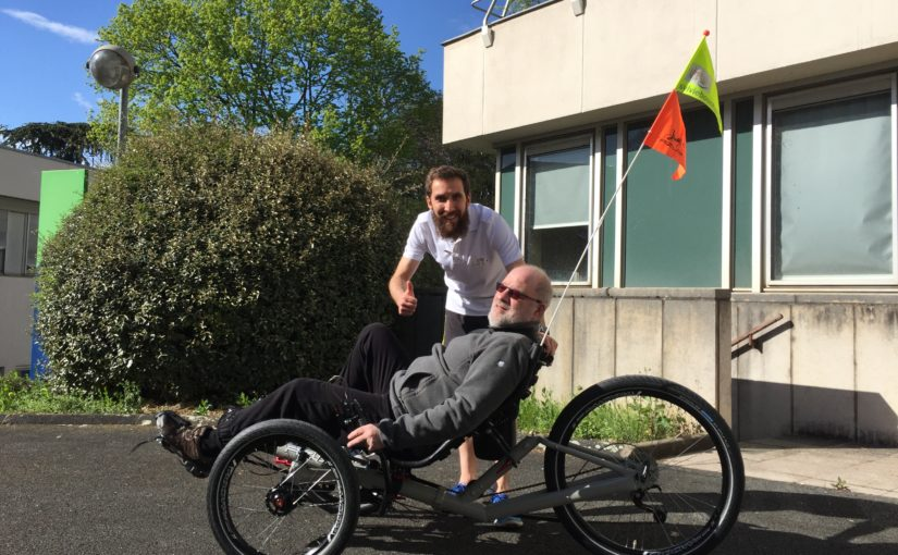 Premier essai du tricycle LTLS par un patient du CMCR des Massues